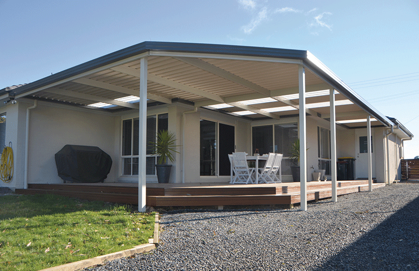 Monoclad verandah with skylights