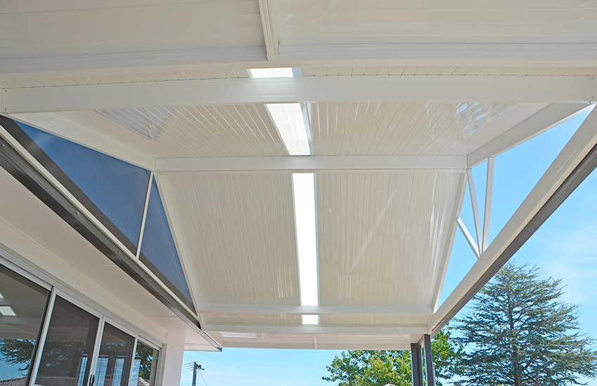 Underside of attached verandah highlighting the smooth Stramit Sunset sheeting