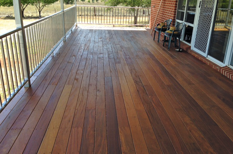 Compsosite timber decking boards